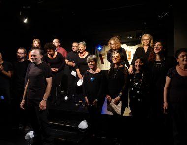 Il laboratorio di teatro mette in scena il futuro
